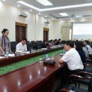 Đoàn cán bộ trường ĐH Y Hà Nội về thăm Trường và làm việc với Trung tâm Nghiên cứu và kinh doanh Dược